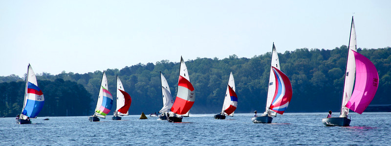 Thistle Fleet 48 on Lake Allatoona